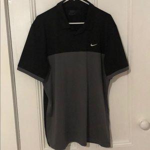 {Nike} dry fit short sleeve golf shirt